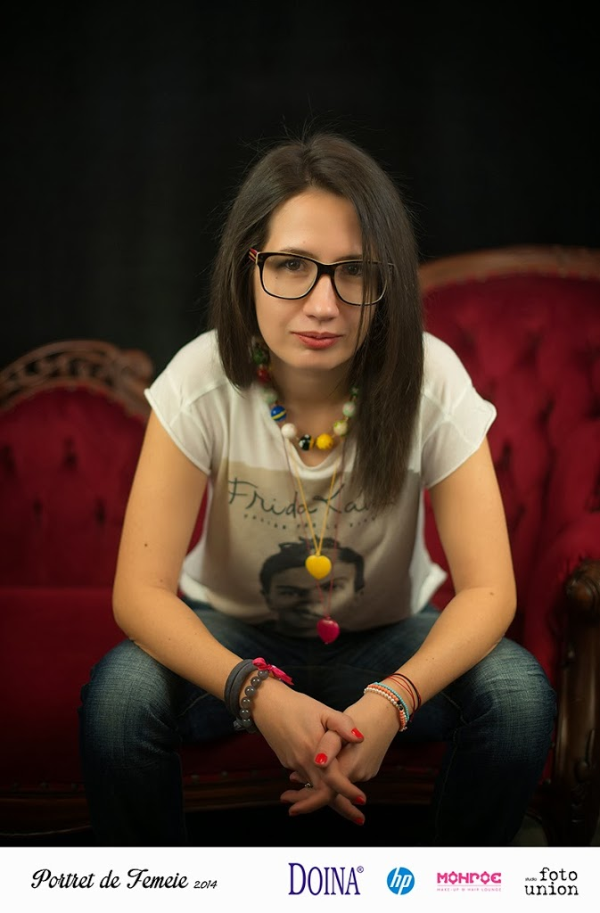Portret de femeie - Foto Union. Martie 2014