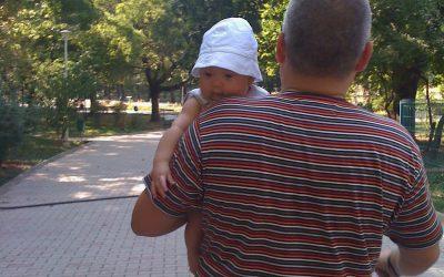 Fatherhood – Tată de bebeluș